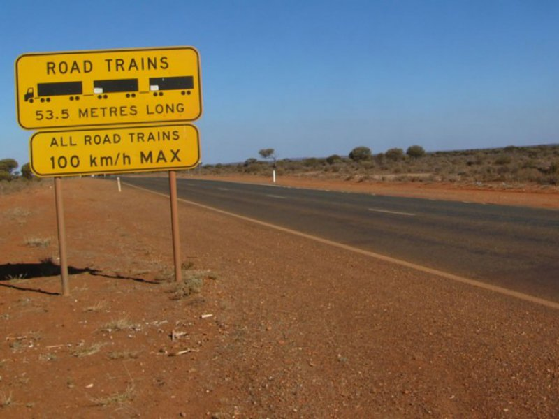 Road Trains waarschuwing Zuid Australie - WA Experts